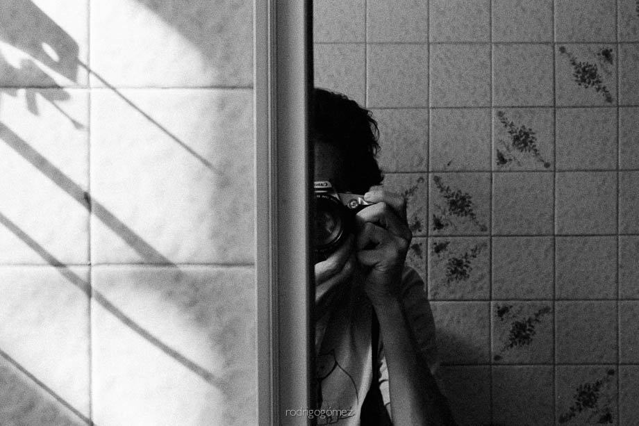 Selfportrait in mirror